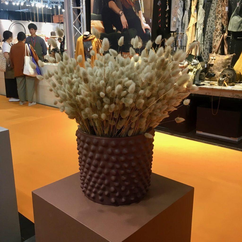 pot et fleurs séchées