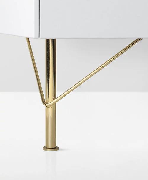 pied de meuble or
